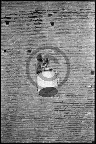 Christo. Rome, janvier 1974.