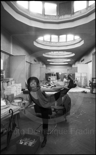 Zaida del Río, peintre cubaine. Paris, 1991.