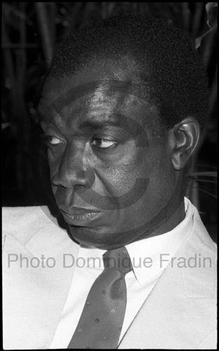 Francisco Peña Gomez, Homme politique de la République Dominicaine. Paris, 1991.